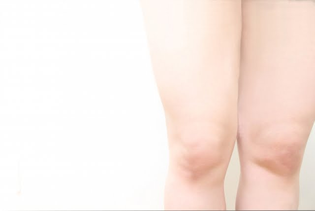 膝に水が溜まる